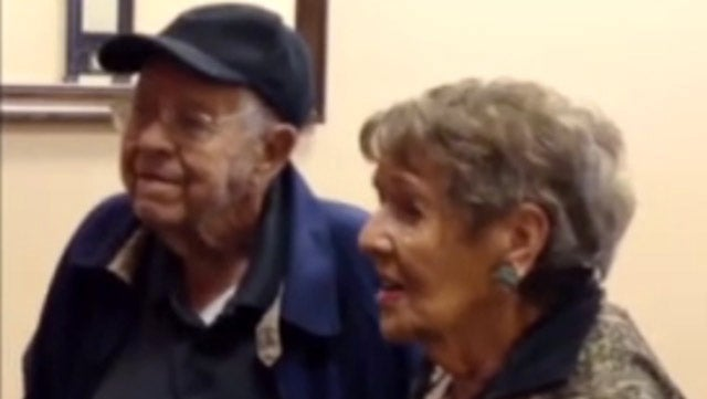 95-Year-Old Woman Sets World Record By Marrying Her Adorable 98-Year-Old Boyfriend