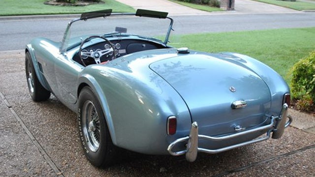 One owner 1964 Shelby Cobra sells for $475,000