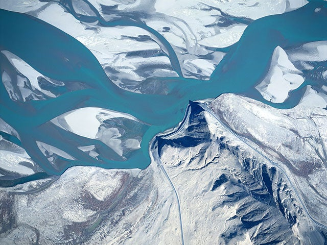 Give Your Desktop a Bird's Eye View with These Wallpapers