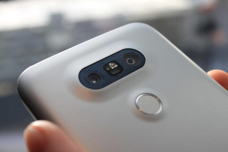 LG's All-Metal G5 Is Like a Future Phone Prototype