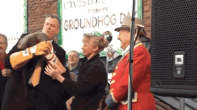 De Blasio Dropped a Groundhog and It Predicted Six Weeks of Winter