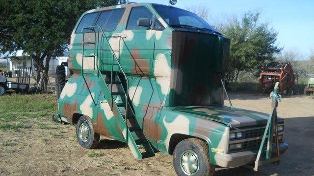 Frankenstein Hunting Rig Has A Minivan Grafted Onto Its Roof