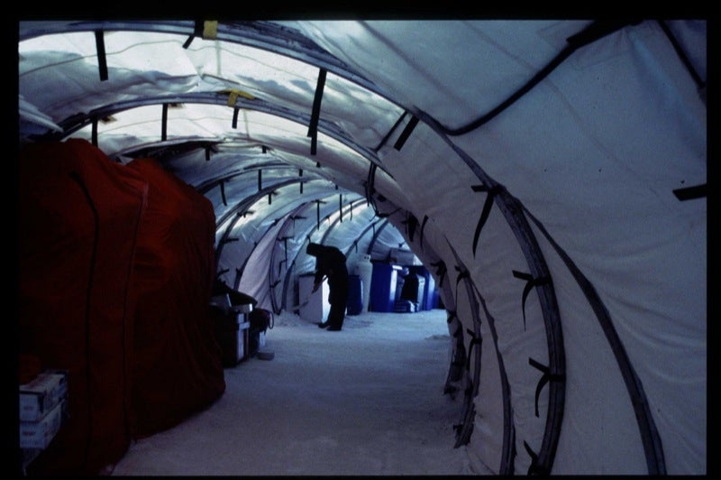 Chilean Antarctic Habitat Makes Living at the Bottom of the Earth Downright Homey
