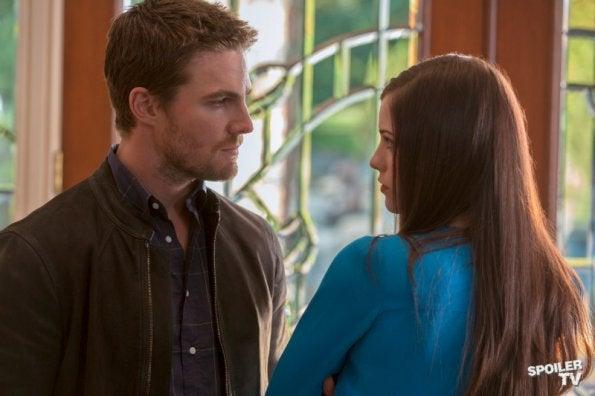 Arrow episode 1.08 promo photos