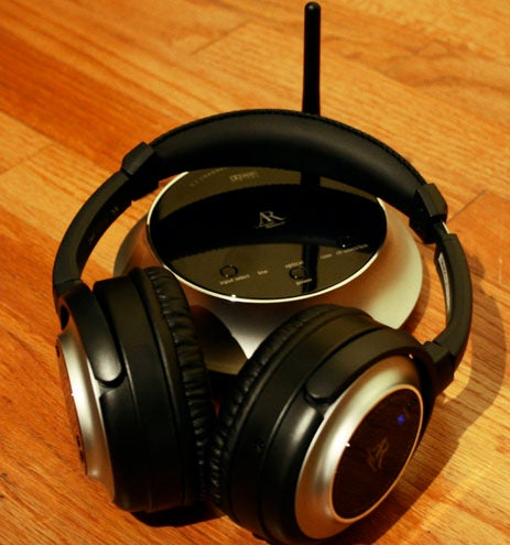 Wireless Surround-Sound Headphone Battlemodo