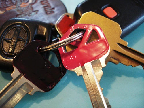Fingernail Polish Keeps Your Keys Easily Identifiable