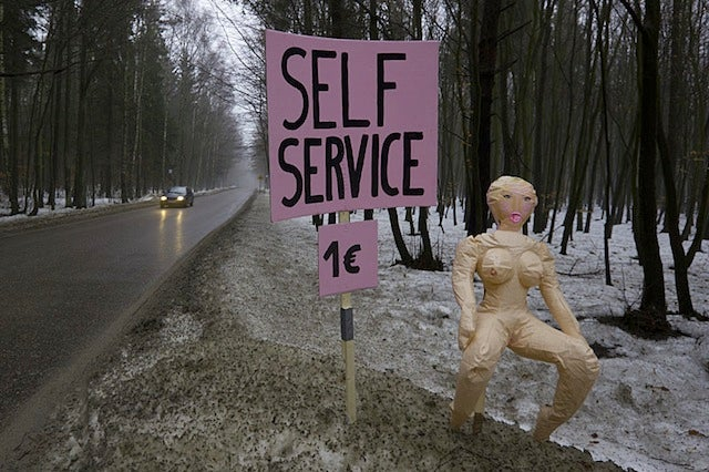 Roadside Blow Up Dolls Offer A Different Kind Of Self-Service