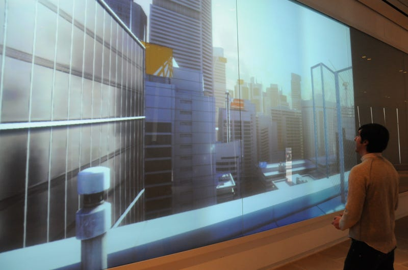 I Played Xbox 360 on a 269-Inch TV and You Didn't