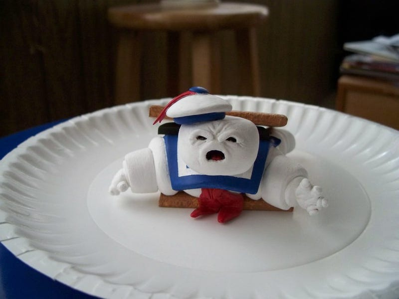 When life gives you Stay Puft Marshmallow Men, make s'mores