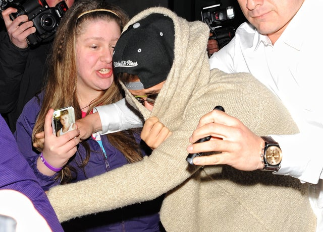 Gas Masks, Angel Wings and Fainting Spells: The Week We Lost Justin Bieber