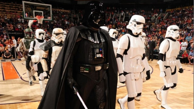 Hey, LucasArts—How About Making a Star Wars NBA Game?