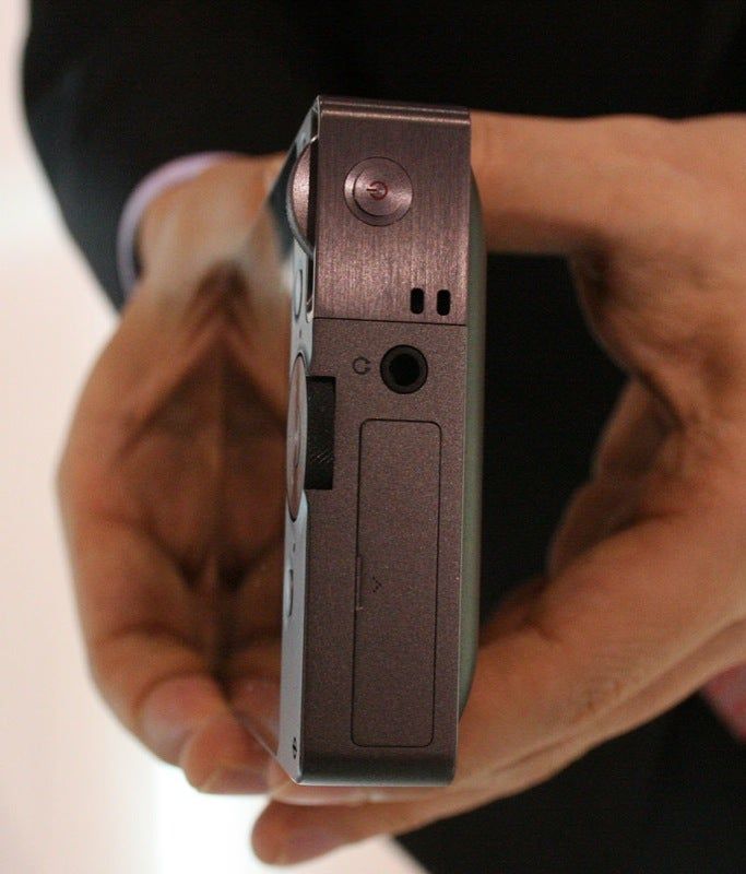 iRiver iAMOLED Hands On