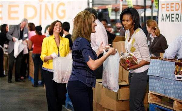 "Michelle Obama Says ""Boo"" To Plastic Bags"