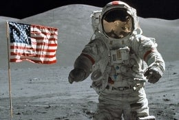 MythBusters To Uncover Lunar Landing Conspiracy?