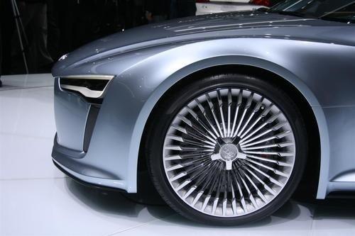 Audi E-Tron: Detroit Auto Show Pictures