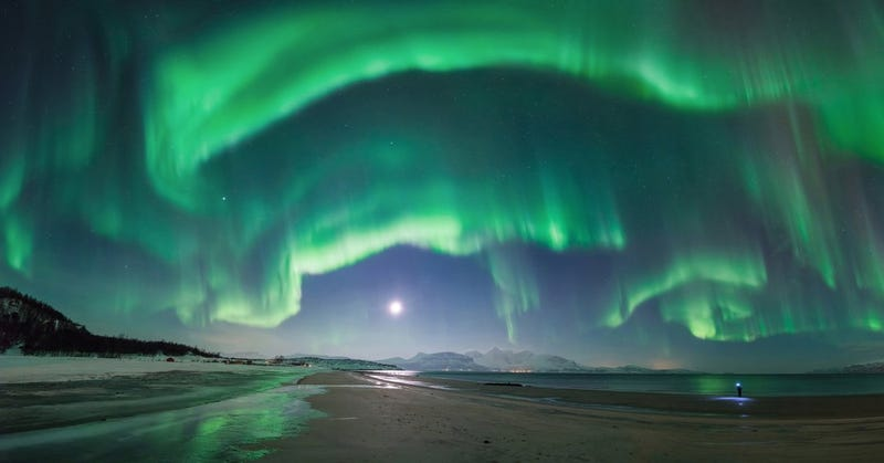 These Dazzling Astronomy Photographs Are Among The Year's Best
