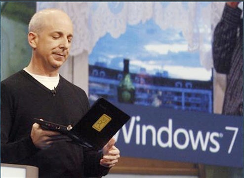 Microsoft Shows Windows 7 Running on Asus EeePC