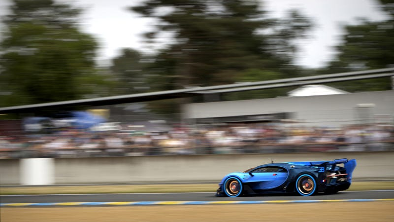 'Bugatti Vision Gran Turismo Concept: The Future Of Bugatti Looks Terrifyingly Awesome' from the web at 'http://i.kinja-img.com/gawker-media/image/upload/s--NxXtmlDj--/c_scale,fl_progressive,q_80,w_800/1430362453839712808.jpg'