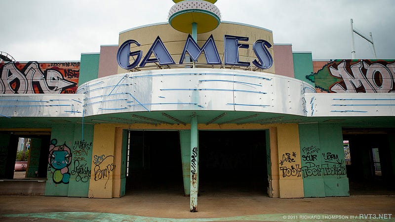 The Overgrown Squalor of New Orleans' Abandoned Amusement Park