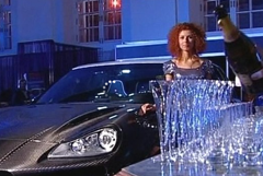 """Rich Russian People Celebrate Their Super-Richness at """"Millionaire's Fair"""""""
