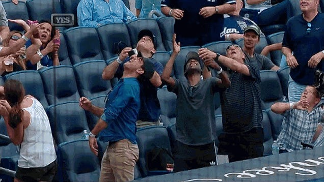 """Chris Rock """"Grabs"""" Foul Ball, Hands It To A Kid"""