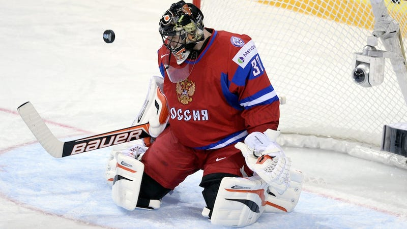 Ilya Bryzgalov Is Having A Grand Old Time Playing Angry Birds