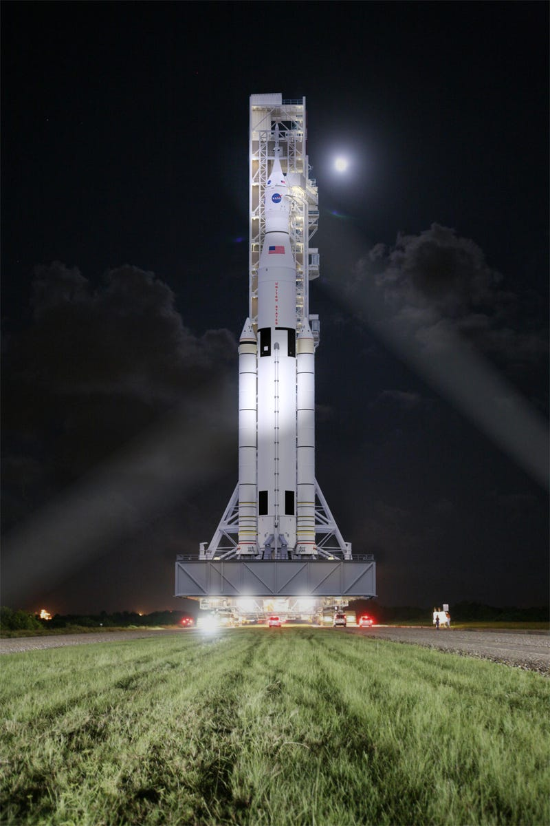 NASA gives the go-ahead to the world's most powerful rocket