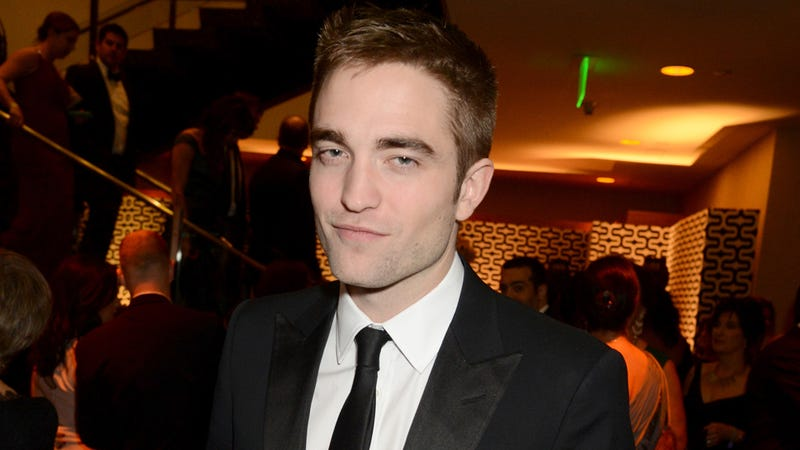 Robert Pattinson Thinks All Twihards Are Sad, Fat Fatties