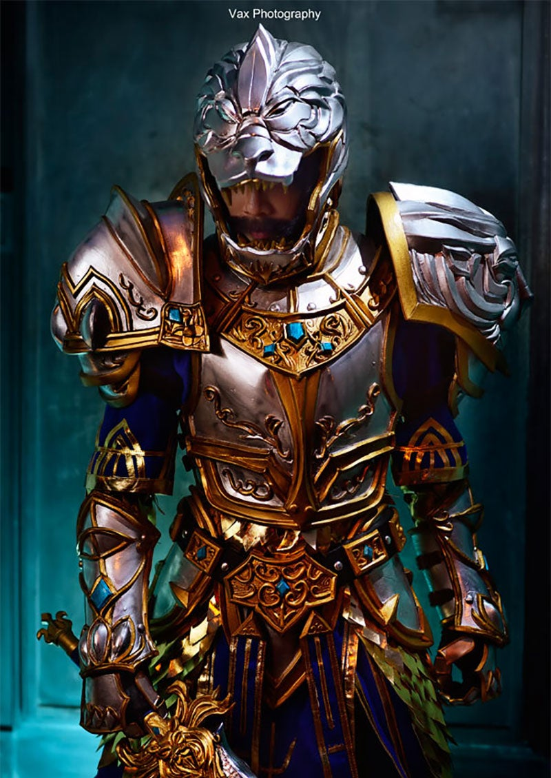 The King (Well...) Of WarCraft Cosplay