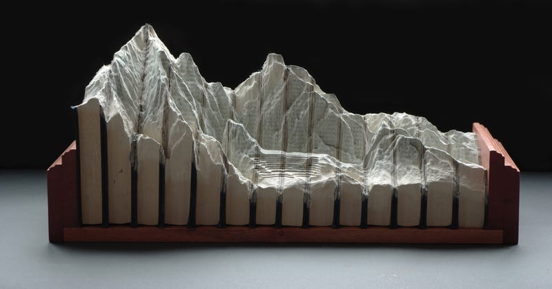 Insanely Detailed Book Sculptures Should Be Featured In National Geographic