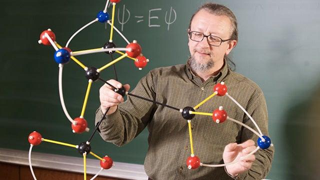 Fifth Grader Accidentally Concocts a New Explosive Molecule