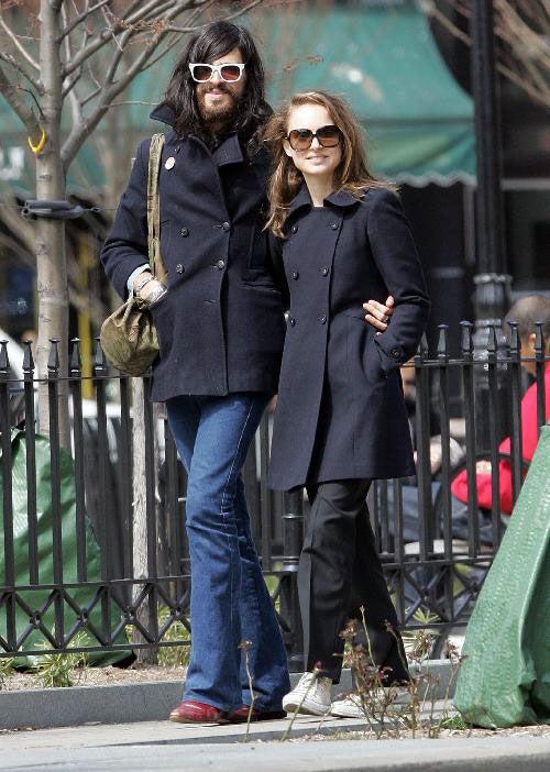 Natalie Portman's Boyfriend: Charles Manson Meets Sienna Miller