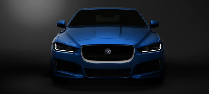 The Jaguar XE Is A Warm Wi-Fi Hotspot You Can Start With Your Phone