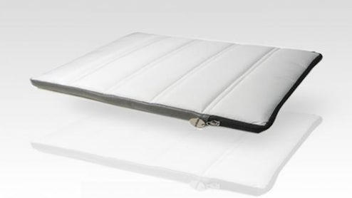 Furryrobo: Sleeping Bags For the Macbook Air and Eee PC