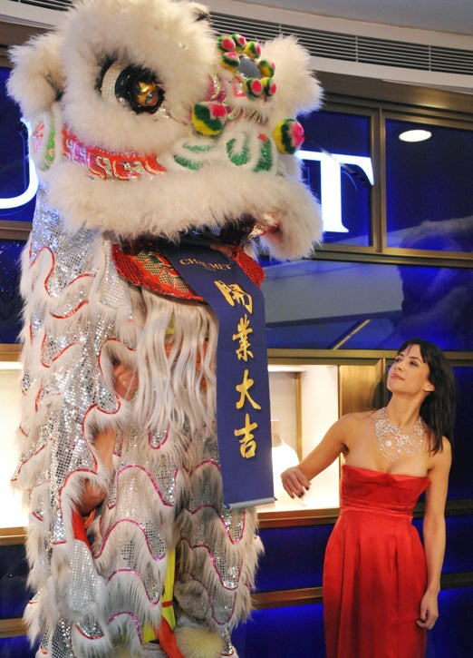 Who Wants To Lion Dance When You Can Stare At Sophie Marceau's...Uh, Cleavage