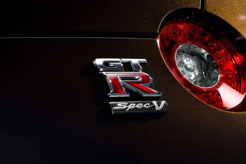 Nissan GT-R SpecV: Super-Godzilla Officially Attacks Japan