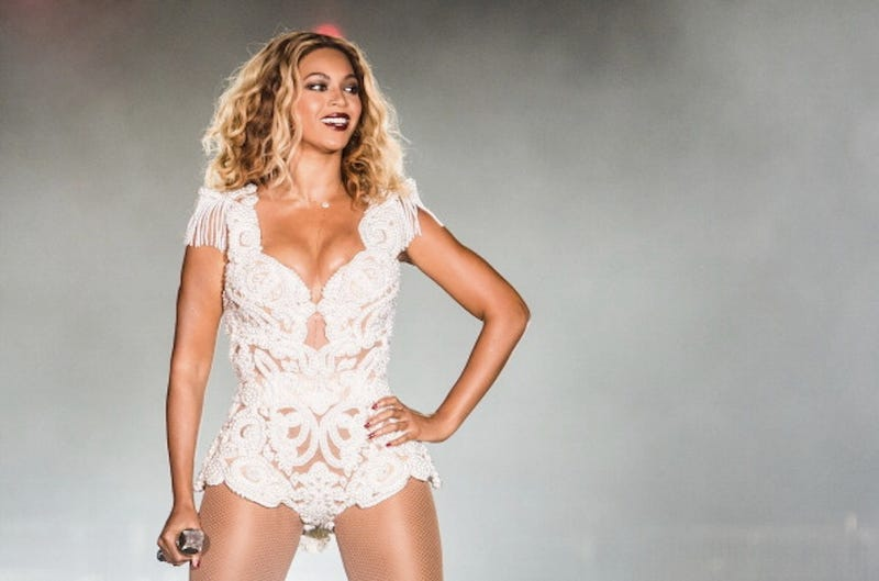 "Download Beyoncé's New ""Visual Album"" (It's Called BEYONCÉ, Obviously)"