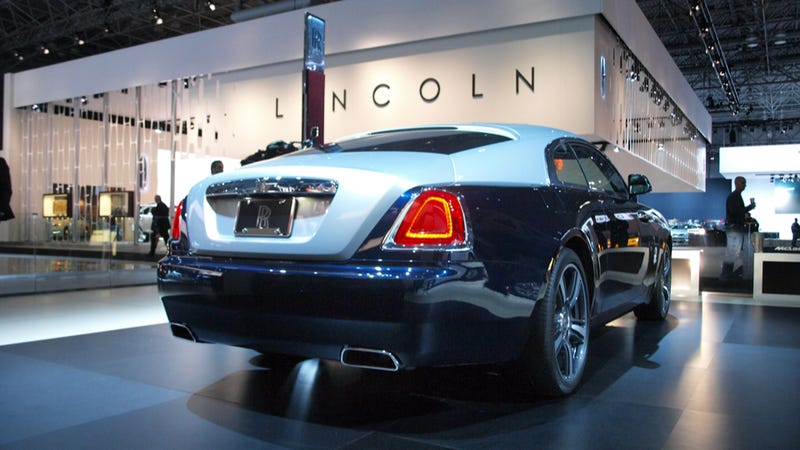 The Rolls-Royce Wraith Has a Slightly Less Erect Spirit of Ecstasy