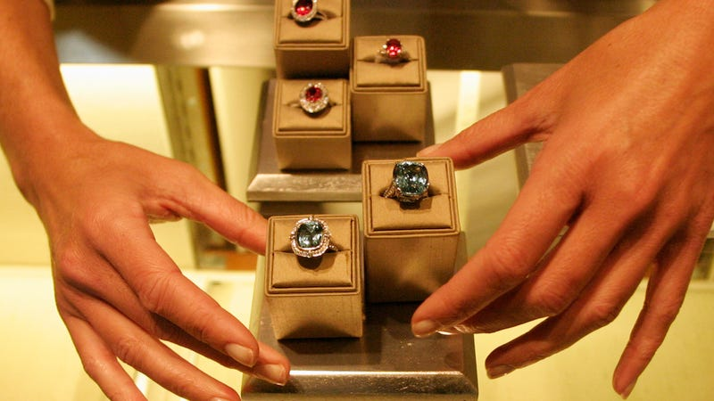 Former Tiffany's VP Gets One Year Sentence For Stealing Jewelry