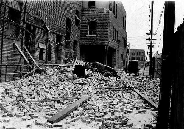 New Research Suggests Oil Production Triggered Historic Earthquakes in Los Angeles