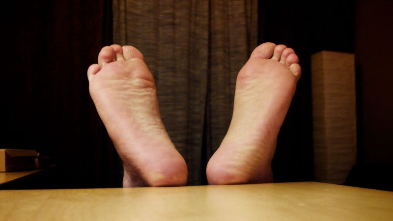 Neutralize Your Horrible Foot Smell with Baking Soda-Based Deodorant