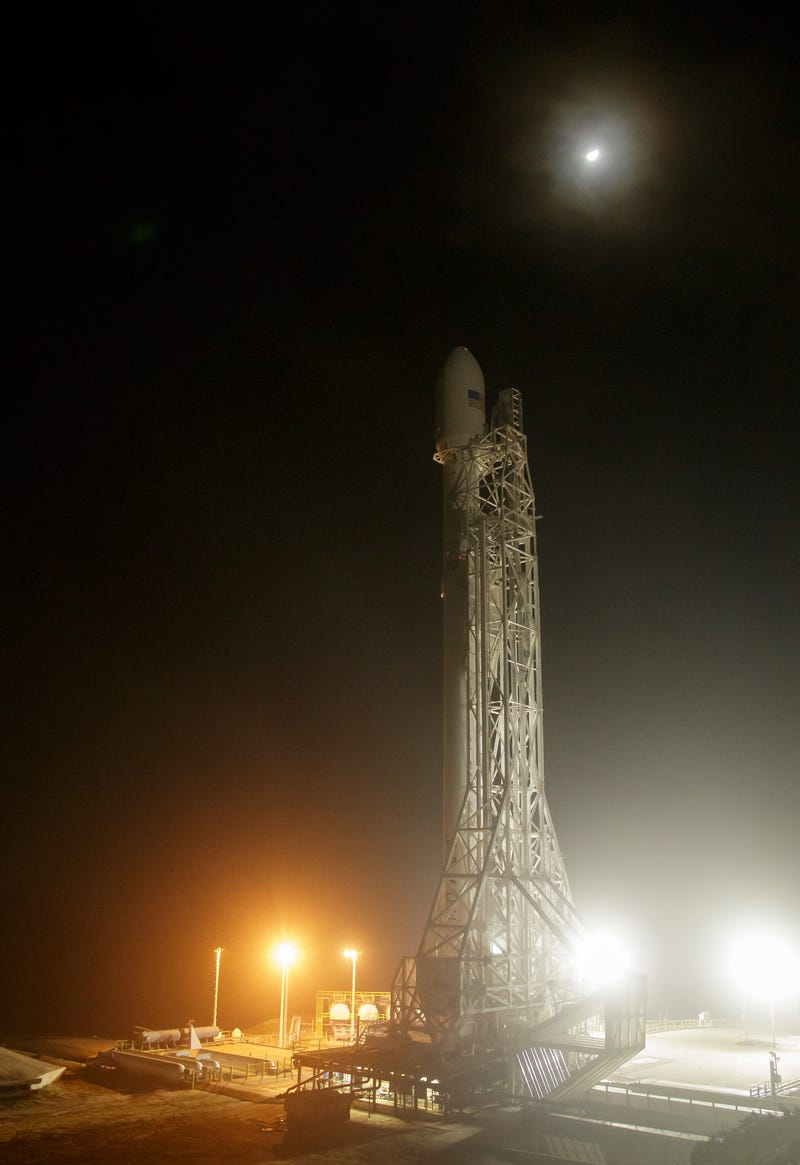Here's theBehind-the-ScenesStory of SpaceX's Rocket Launch and LandingAttempt