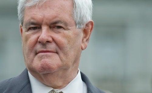 Newt Gingrich Ama el Dinero Más que ser Racista
