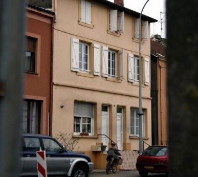 French Boy Stabs Sister Over Nintendo DS [Update]