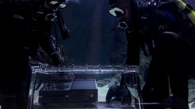 Someone Stuck an Xbox One at the Bottom of a Shark Tank in New Zealand