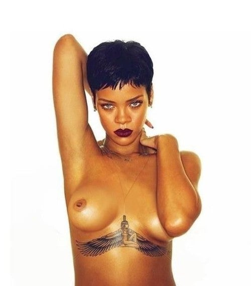 Nope, That Topless Photo of Rihanna Isn't Real (NSFW)