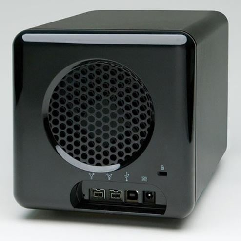New Drobo Arrives, And It's Packing FireWire