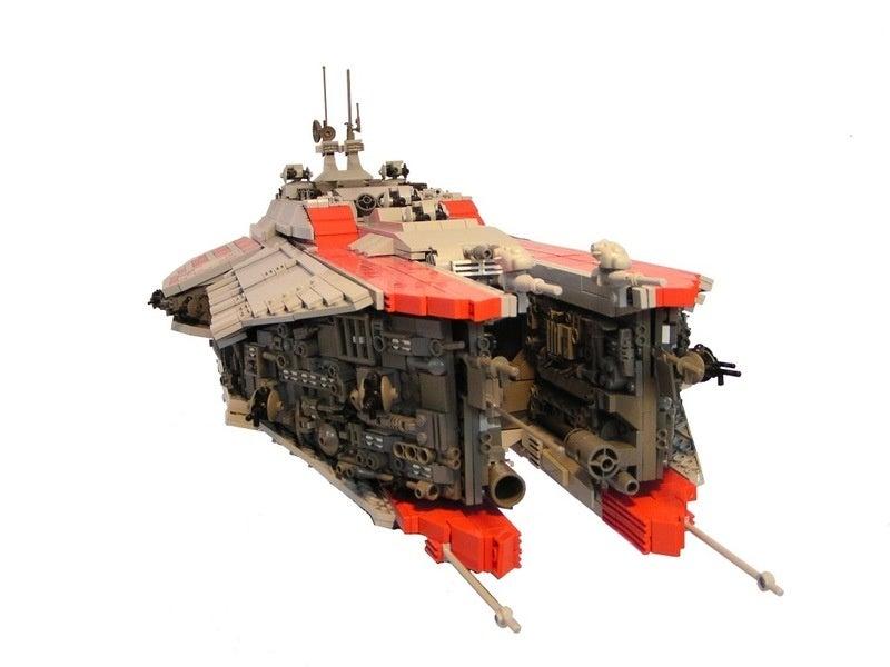 15-Year-Old Sven Junga Creates Starships From LEGO Bricks