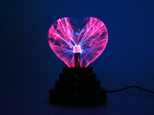 USB Plasma Heart Electrifies Your Valentine