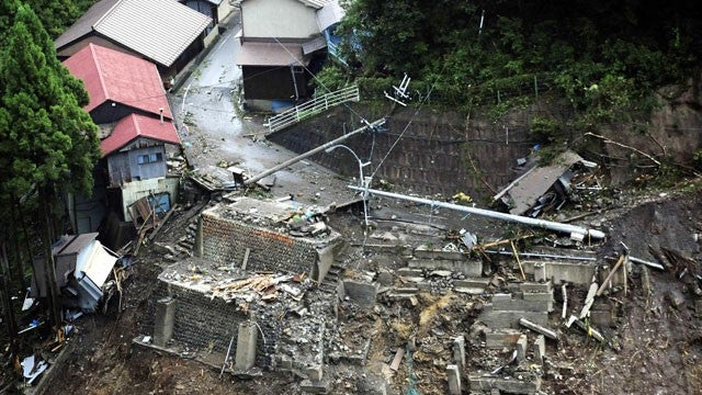 Typhoon Talas Kills 47 In Japan, 450,000 People Evacuated